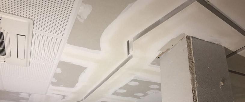 Fals sostre i calaix per llum led