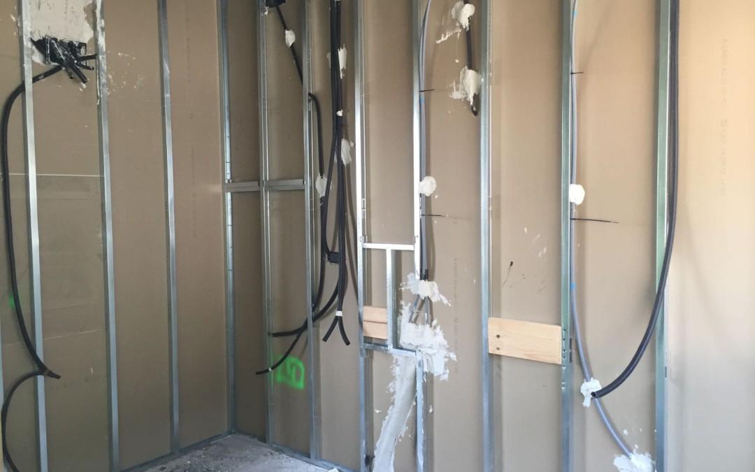 Divisions i preparat d'instal·lacions a casa unifamiliar